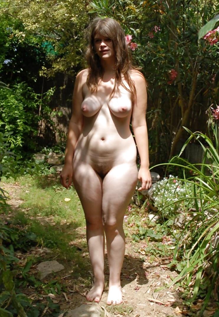 Grösserer Körper, grössere Titten grössere Muschi, es ist die Evolution. - Bild 4