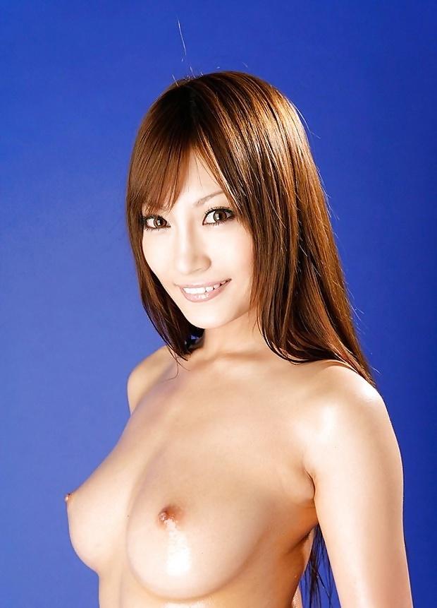 Asiatische Pornostar hat behaarte Fotze. - Bild 7