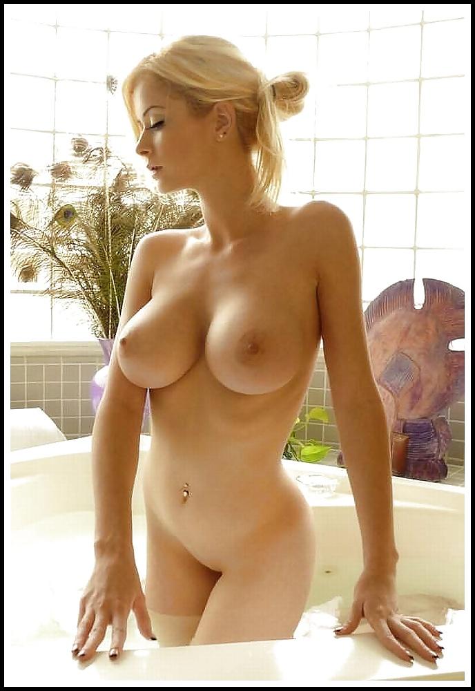 Geile Blonden haben aufregende Brüste. - Bild 6