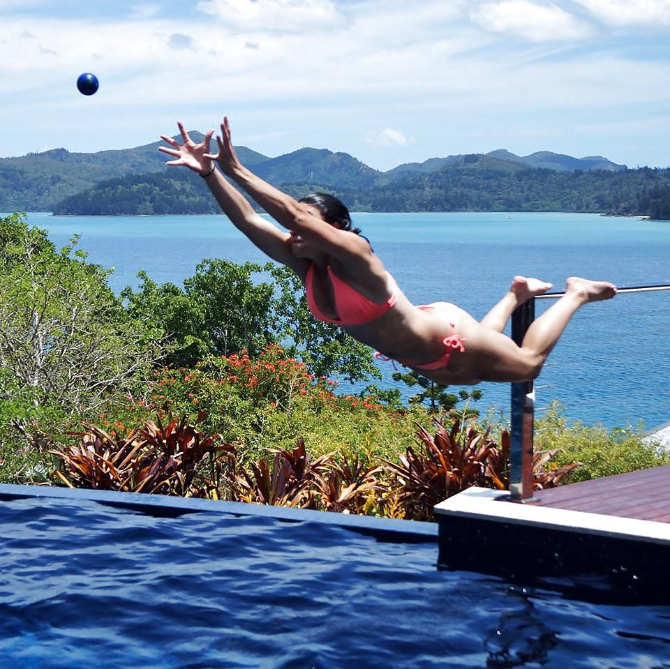 Das australische Mädchen treibt Sort. - Bild 3