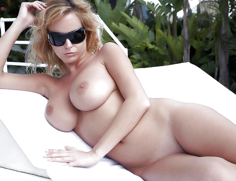 Geile Mädchen hat geile Brüste. - Bild 4
