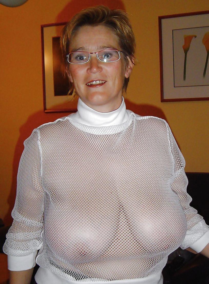 Nackte dicke Titten beachtet auf dem Bild. - Bild 4