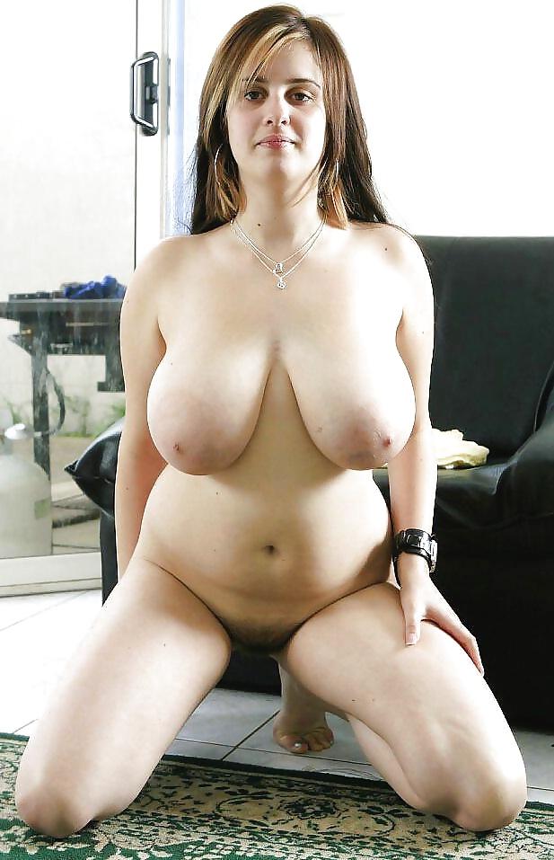 Nackte dicke Titten beachtet auf dem Bild. - Bild 3
