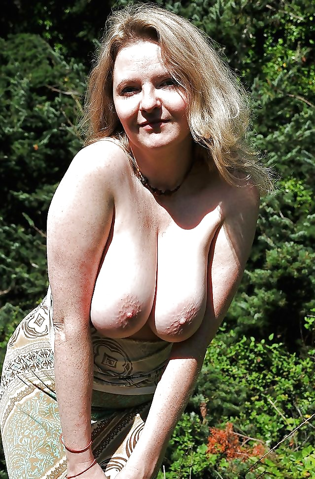Nackte dicke Titten beachtet auf dem Bild. - Bild 10