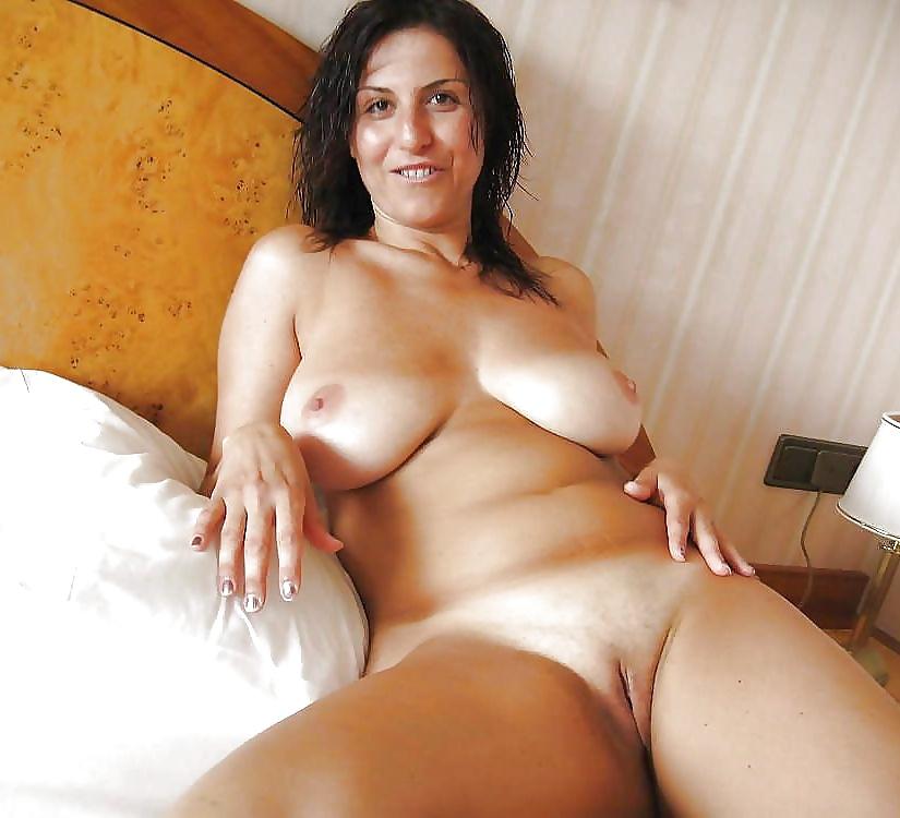 Dicke nackte Titten ist zu Hand. - Bild 7