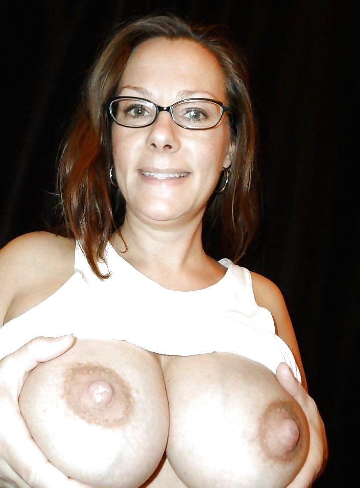 Dicke nackte Titten ist zu Hand. - Bild 8