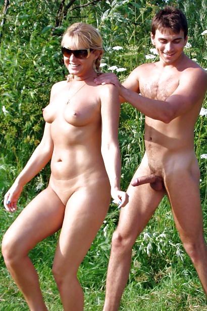 Dieses spannende Paare unterhaltan sich. - Bild 7